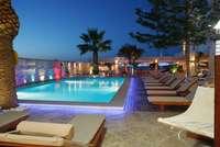 Glaros Beach – Parga - Epirus - zwembad - avond