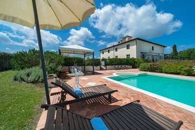 Villa Michelangioli in Toscane