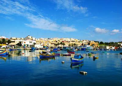 De typisch gekleurde bootjes van Malta