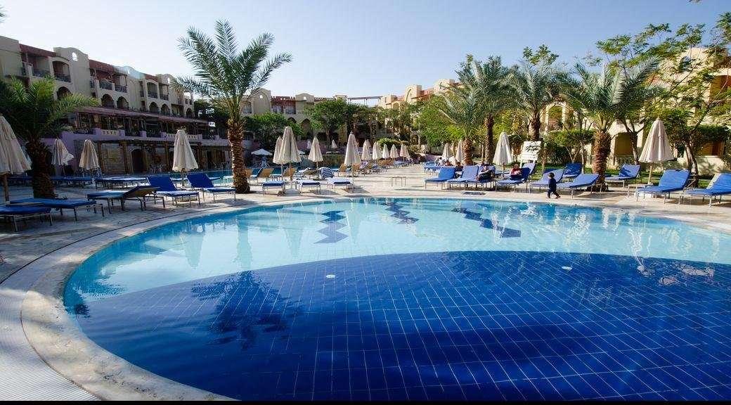 Hotel Marina Plaza zwembad - Tala Bay, Aqaba