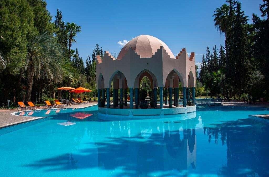 Hotel Le Tazarkount zwembad - Afourer