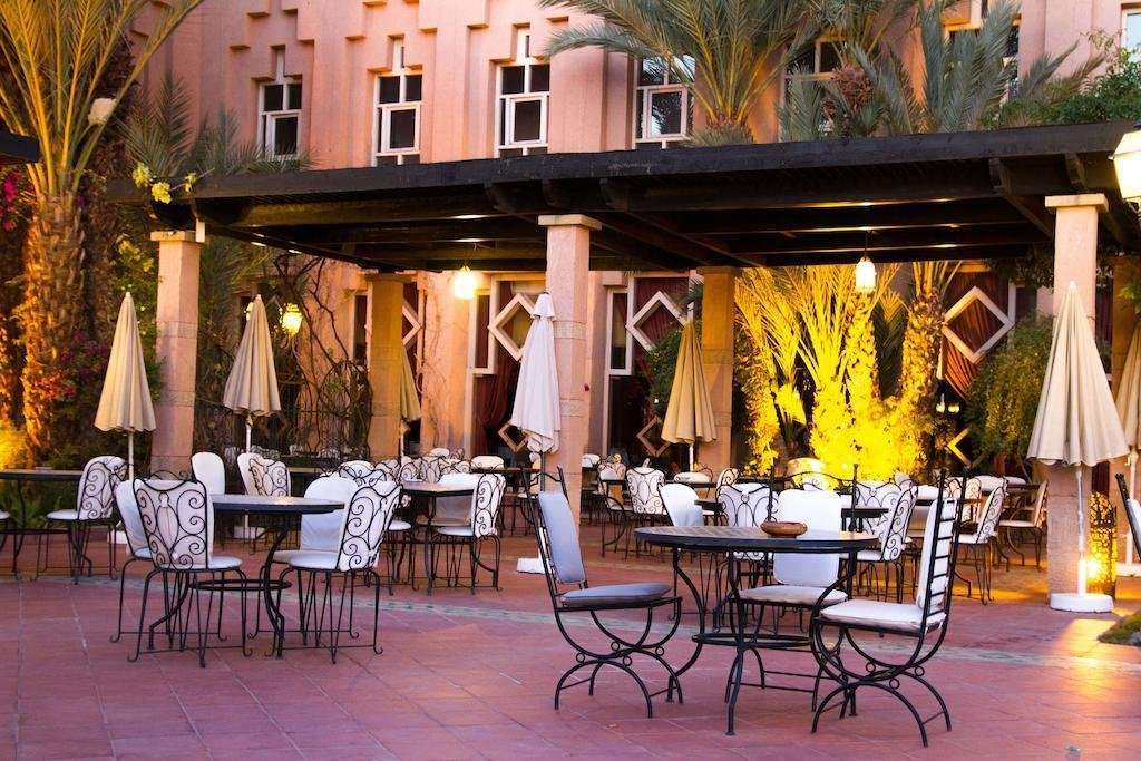 Hotel Berbere Palace terras - Ouarzazate