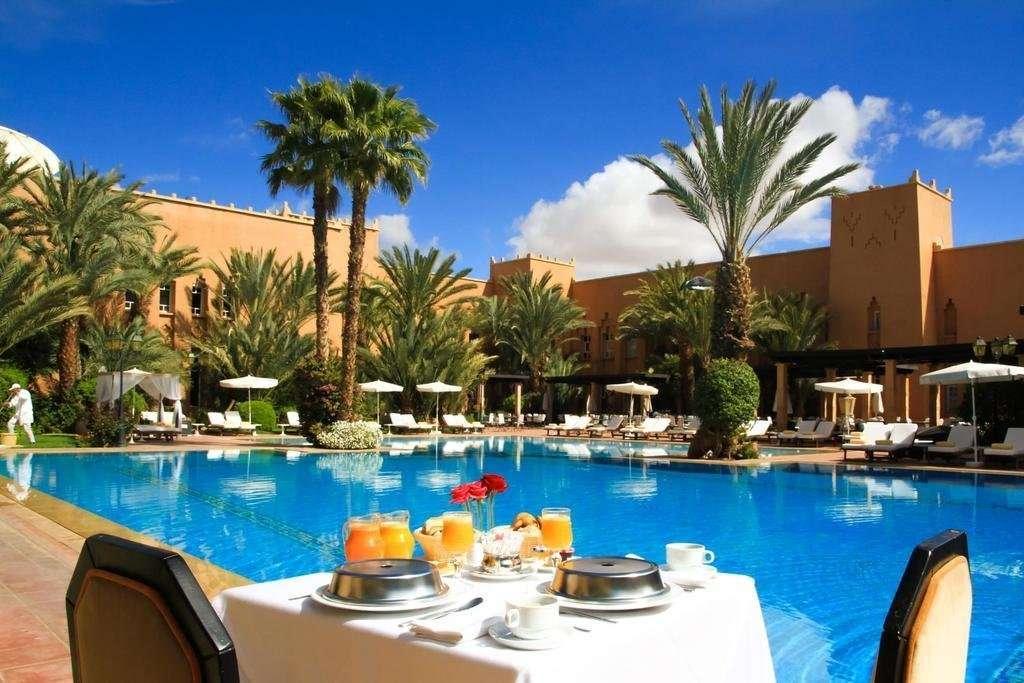 Hotel Berbere Palace zwembad - Ouarzazate