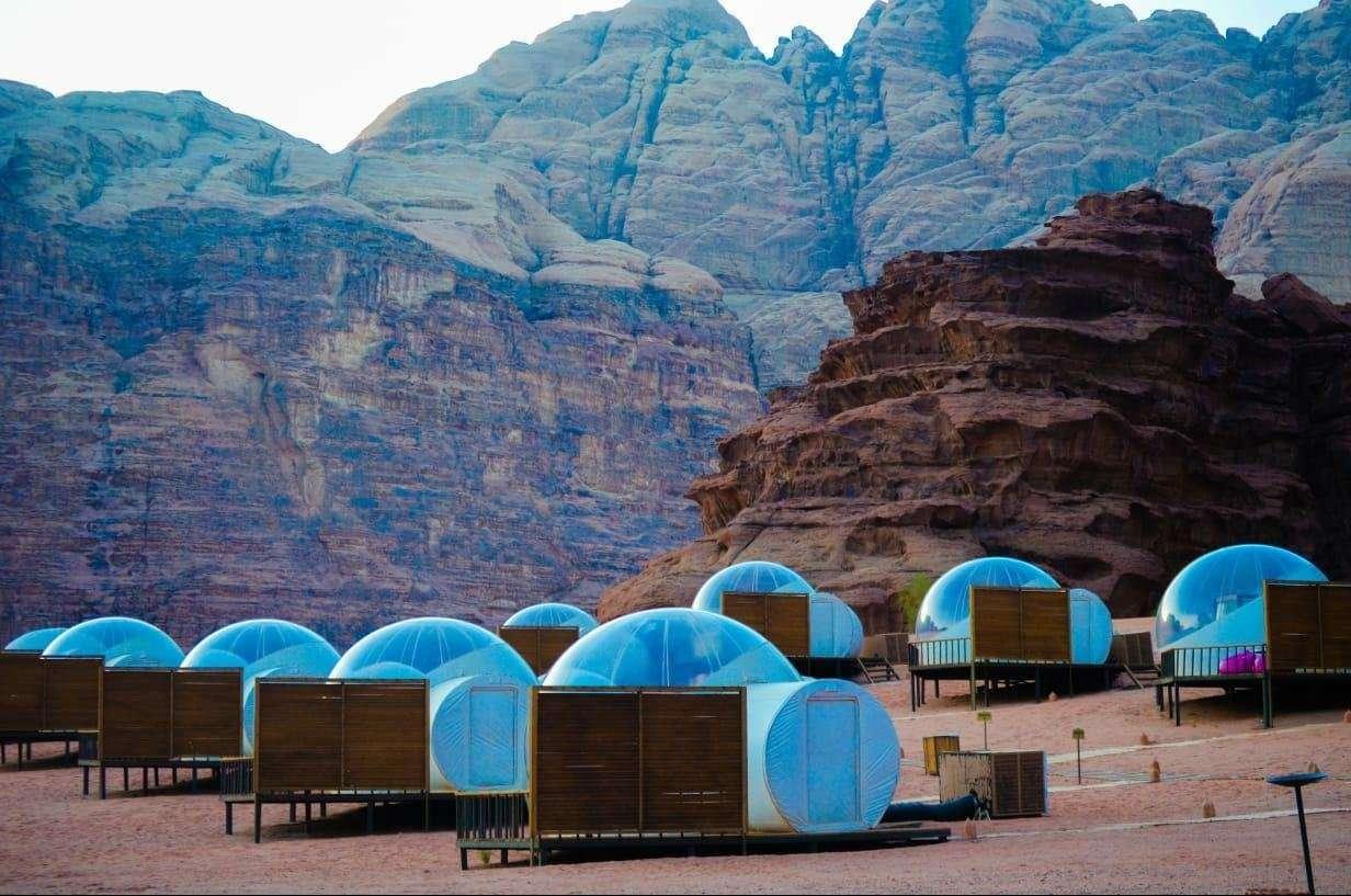 Wadi Rum Night Luxury Camp full of stars tenten - Wadi Rum