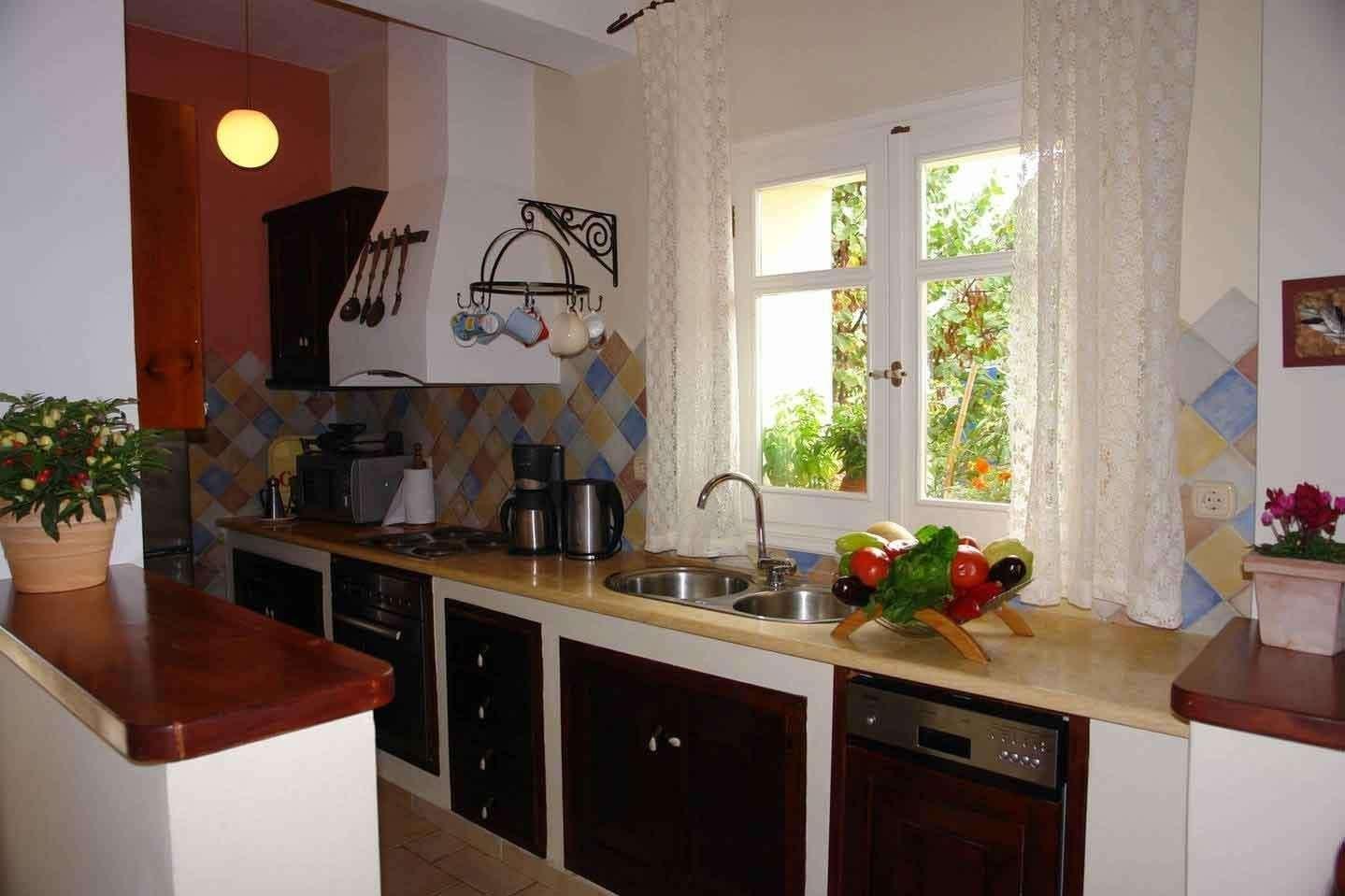 Riza Stone Cottage - keuken