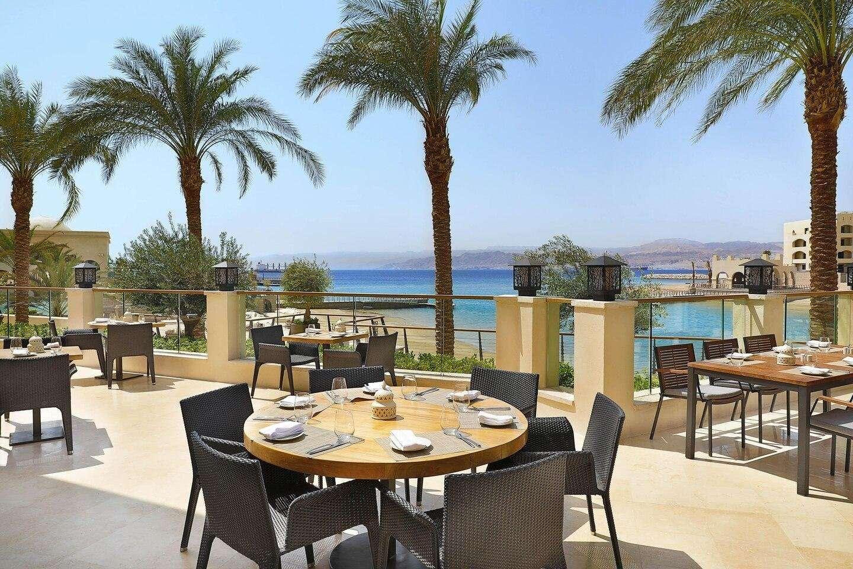Hotel Al Manara terras Taybeh Al Manara restaurant - Aqaba