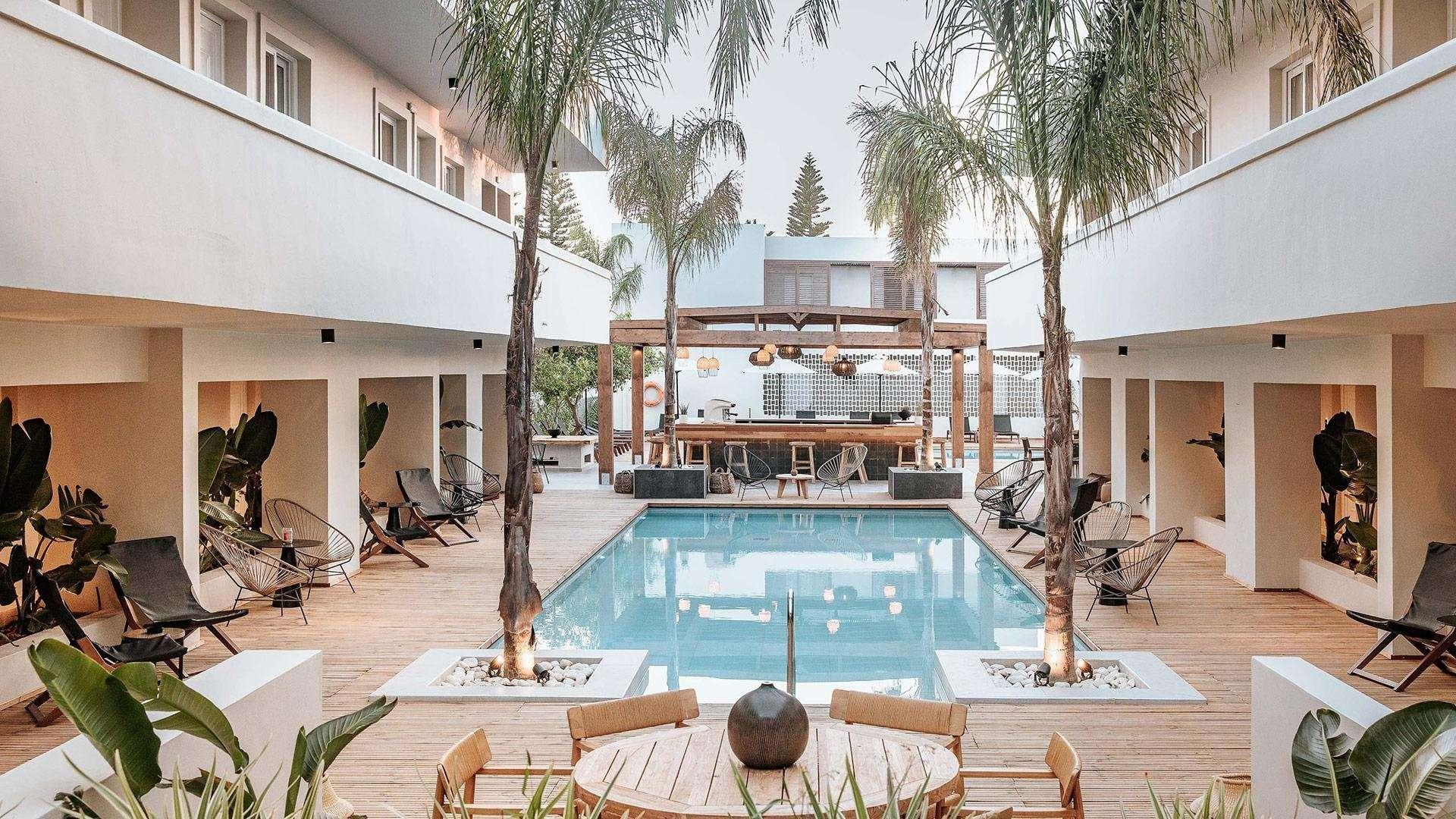 More Meni Residence - zwembad