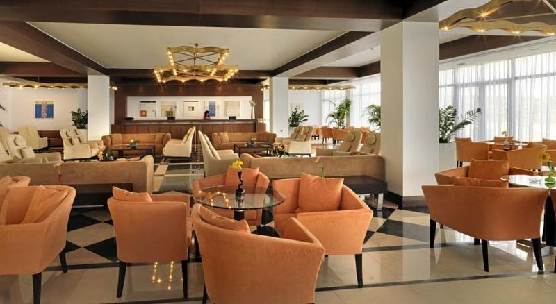 Apostolata Island Resort & Spa - lobby
