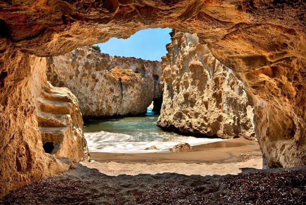 Papafrangas cave - Milos