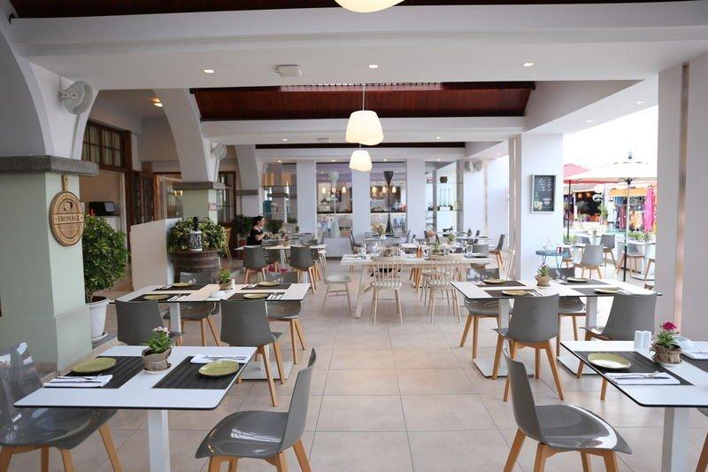 Hotel More Meni Residence - restaurant