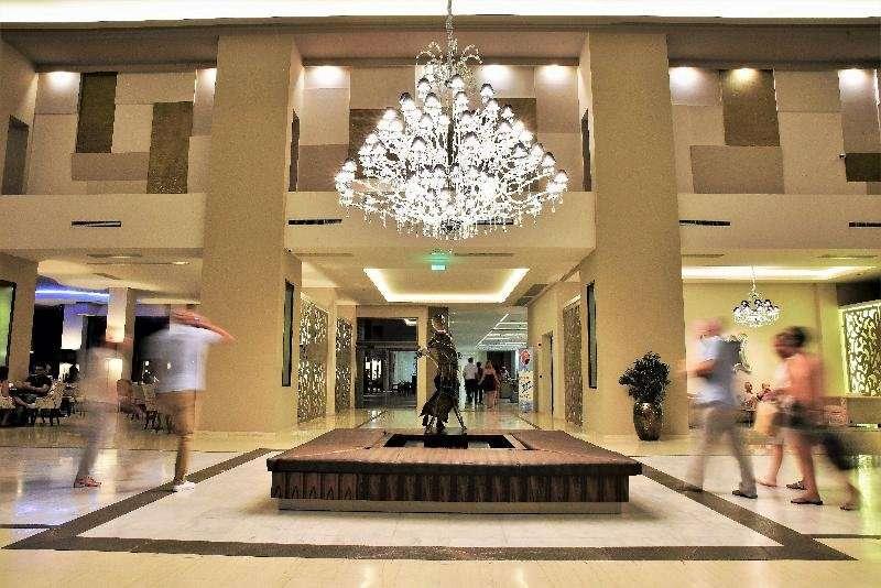 Kresten Royal Euphoria Resort - lobby .jpg