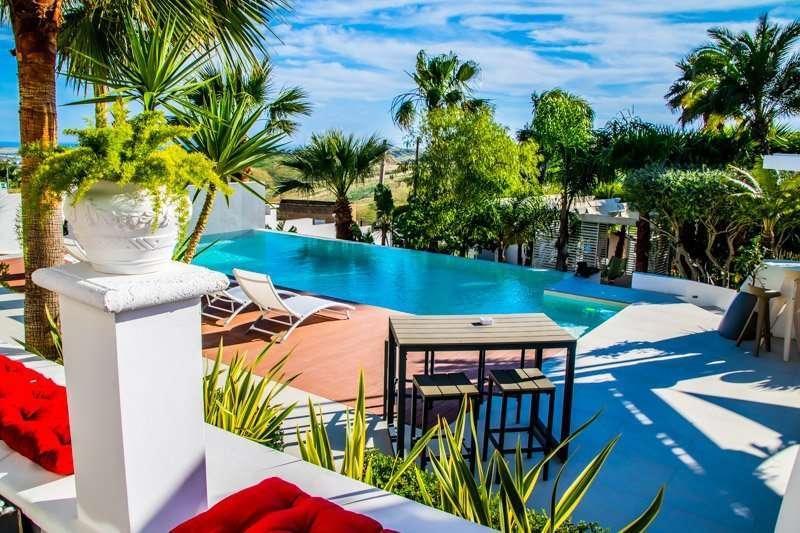 zwembad diodorus luxury experience