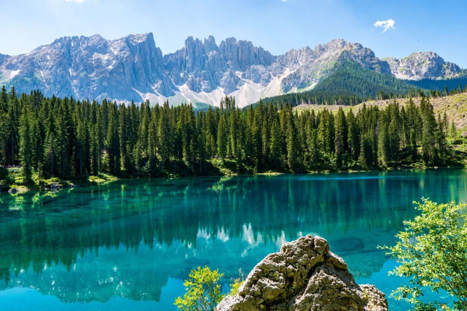 lago di carezza - noord italie