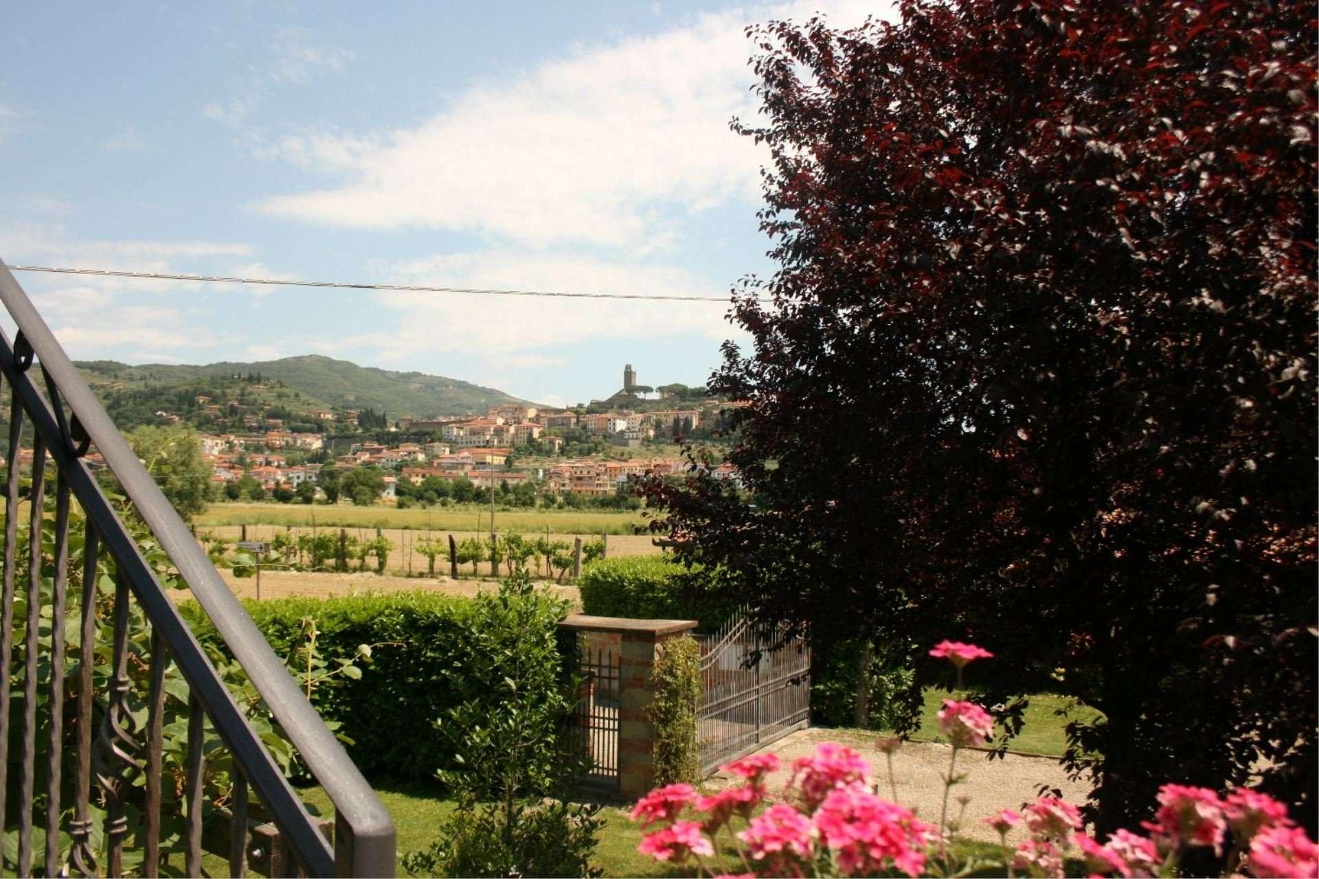 pozzonovo - uitzicht castiglion fiorentino