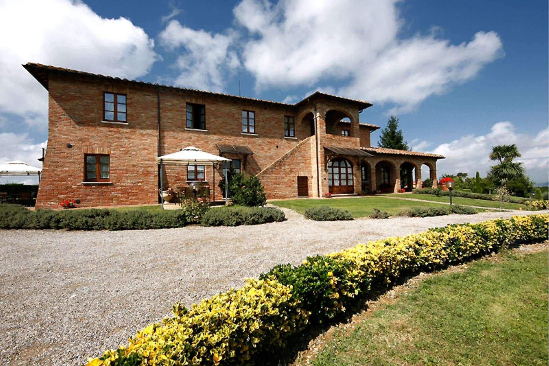 sanguineto - voorzijde huis