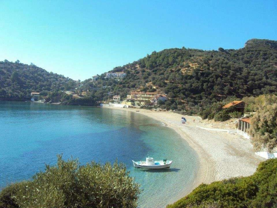 Limnionas Bay Village- limnionas strand
