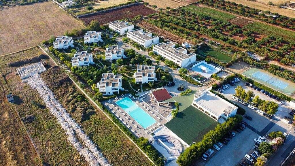 torre-guaceto-oasis-hotel-puglia-italie-overview uit de lucht