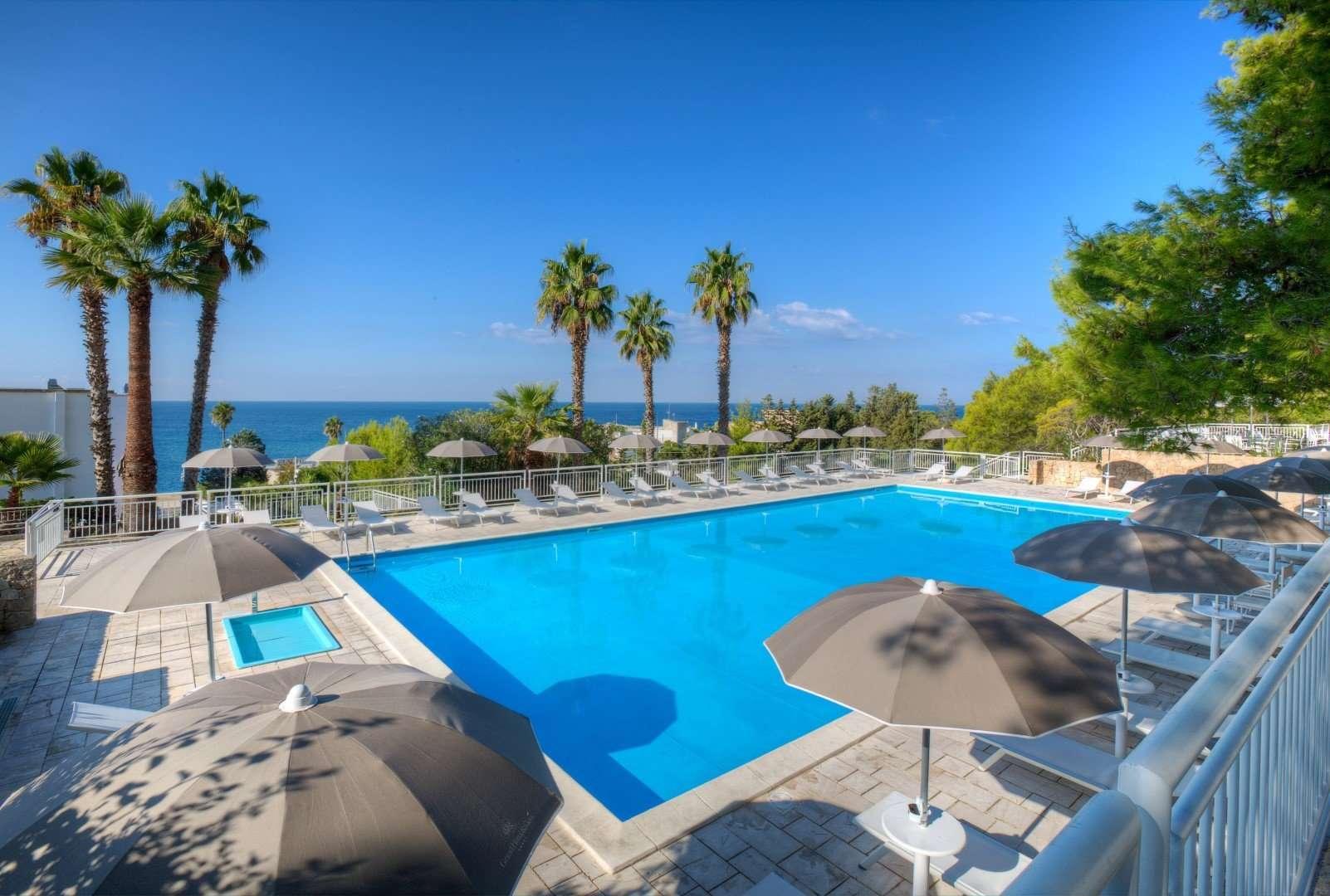 grand hotel riviera - puglia - italie - zwembad